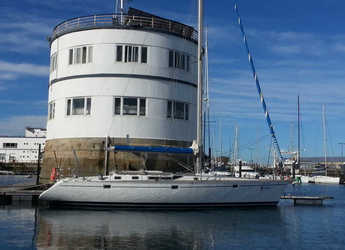 Rent a sailboat in Vigo  - Beneteau Oceanis 500