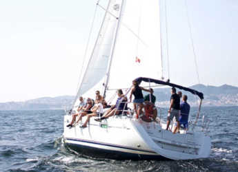 Rent a sailboat in Vigo  - Sun Odyssey 39i