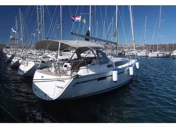 Rent a sailboat in Punat - Bavaria Cruiser 34