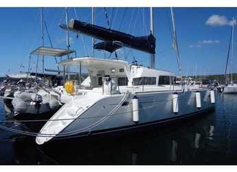 Rent a catamaran in Punat - Lagoon 440 (4+2 cab)
