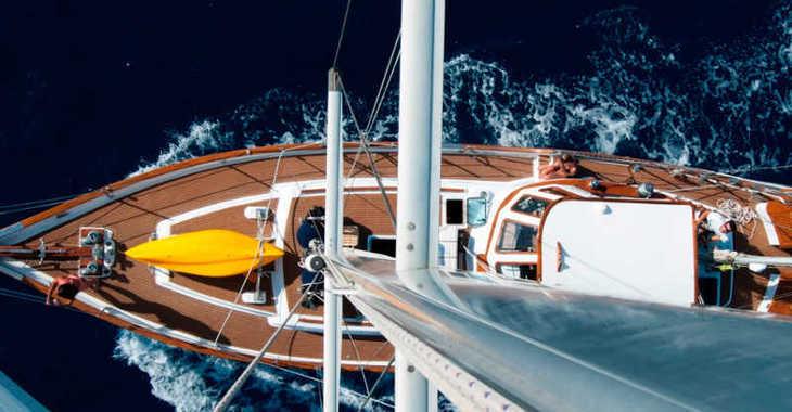 Rent a sailboat Vagabond 52 in Marina Rubicon, Lanzarote