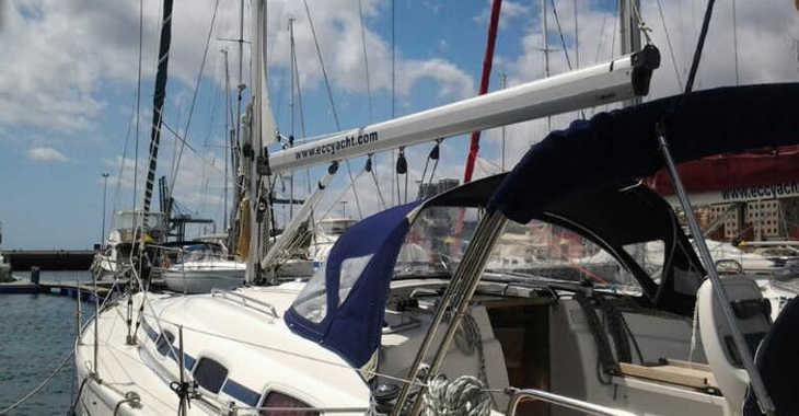 Rent a sailboat in Port of Santa Cruz de Tenerife - Bavaria 39 Cruiser-8