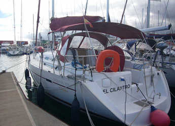 Rent a sailboat in Marina del Sur. Puerto de Las Galletas - Oceanis 393