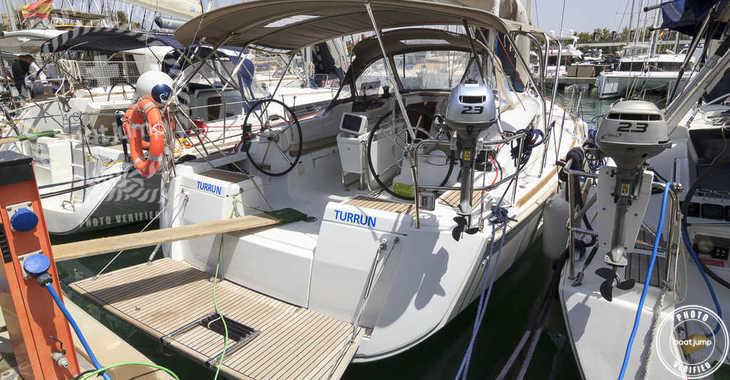 Rent a sailboat in Marina del Sur. Puerto de Las Galletas - Sun Odyssey 419