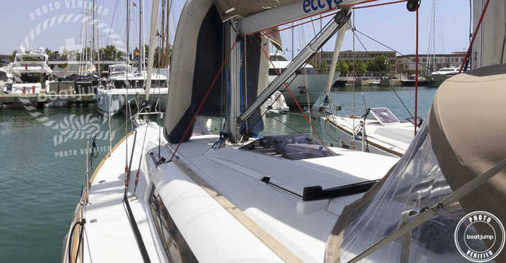 Rent a sailboat Sun Odyssey 419 in Marina del Sur. Puerto de Las Galletas, Las Galletas