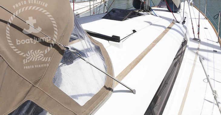 Rent a sailboat in Muelle de la lonja - Sun Odyssey 419