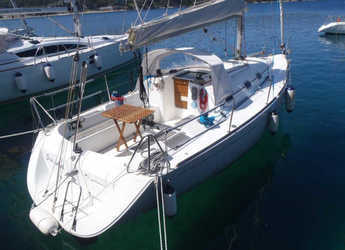 Rent a sailboat in Marina Lošinj - First 31.7