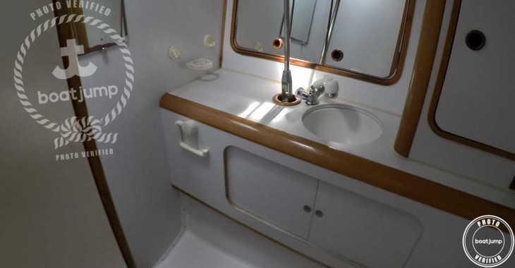 Rent a sailboat in Platja de ses salines - Oceanis 430