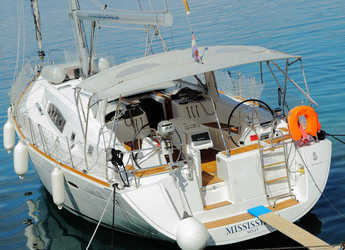 Rent a sailboat in Rogač - Oceanis 50 Family