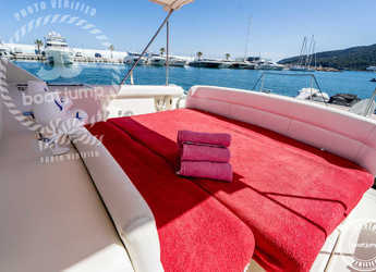 Rent a yacht Tiara 4000 Express  in Club Nautic Cambrils, Cambrils