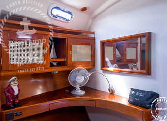 Alquilar velero Hanse 411 en Port of Santa Eulària , Santa Eulària des Riu