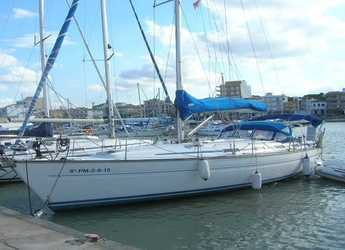 Rent a sailboat in Marina Porto Cristo - Bavaria 42