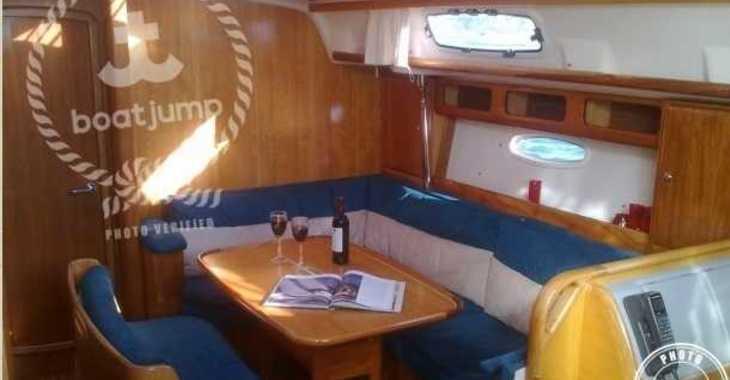 Alquilar velero Bavaria 42 en Marina Portocolom, Portocolom