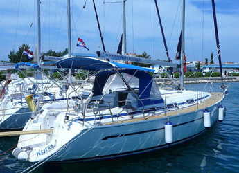 Rent a sailboat in Marina Sukosan (D-Marin Dalmacija) - Bavaria 36