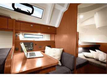 Rent a sailboat Bavaria Cruiser 41 in Marina Hramina, Murter