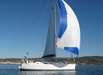 Rent a sailboat in Marina Kastela - Hanse 370