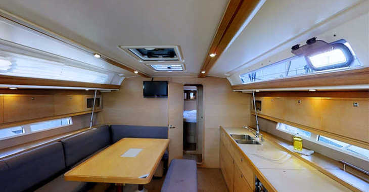 Rent a sailboat in Marina Frapa - Dufour 450 Grand Large