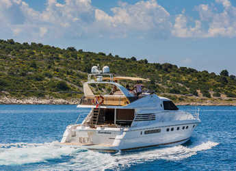 Rent a yacht in Marina Kremik - Fairline 65 Squadron