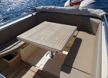 Rent a motorboat MAR-CO e-motion 32 in Marina Kremik, Primosten