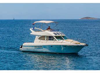 Rent a motorboat in Marina Kremik - Jeanneau Prestige 36 Fly