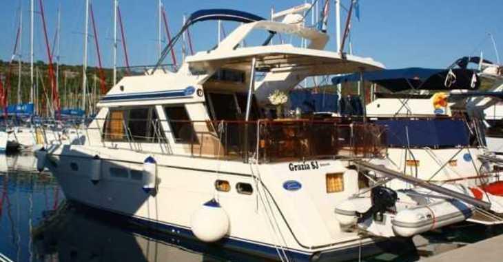 Rent a yacht in Marina Kremik - Yaretti 1570 Heck