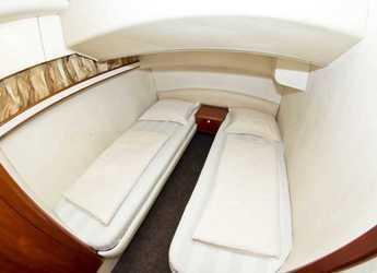 Rent a motorboat Fairline Phantom 40 in Marina Kremik, Primosten