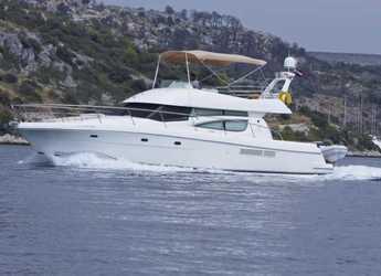 Rent a yacht in Marina Kremik - Jeanneau Prestige 46 Fly