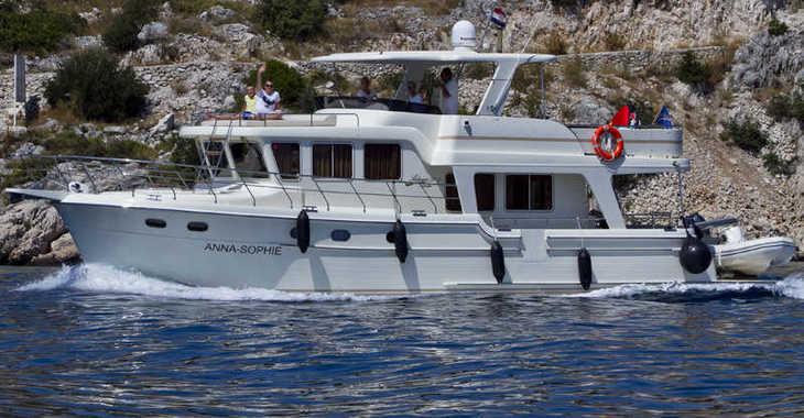 Rent a yacht in Marina Kremik - Adagio Europa 51.5