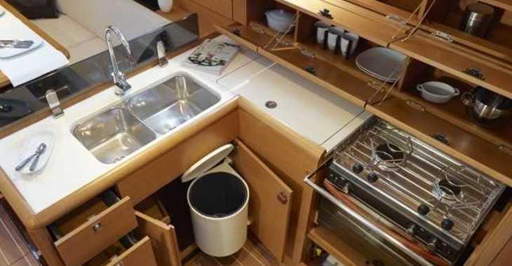 Alquilar velero Sun Odyssey 419 en Marina Kastela, Kastel Gomilica