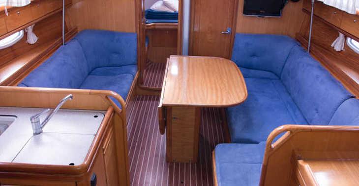 Rent a sailboat in Marina Kornati - Bavaria 38 Cruiser