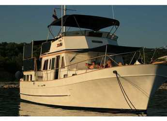 Rent a yacht in Marina Zadar - Hampton 42