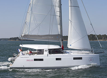 Rent a catamaran in JY Harbour View Marina - Nautitech Open 40