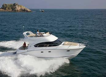 Rent a motorboat in Marina Mandalina - Beneteau Antares 36