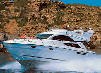Rent a motorboat in Marina Mandalina - Fairline Phantom 40