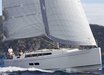 Rent a sailboat in Marina Mandalina - Grand Soleil 39