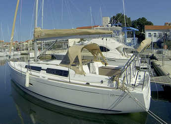 Rent a sailboat in Marina Mandalina - Dufour 335 GL