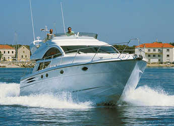 Rent a yacht in Marina Mandalina - Fairline Phantom 50