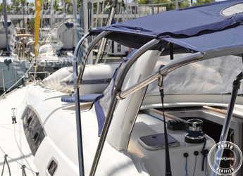 Rent a sailboat in Muelle de la lonja - Oceanis 50 Family