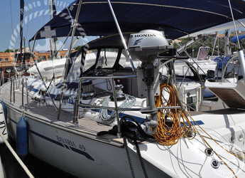 Rent a sailboat in Muelle de la lonja - Bavaria 49