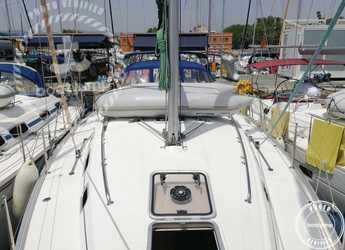 Rent a sailboat in Muelle de la lonja - Cyclades 39