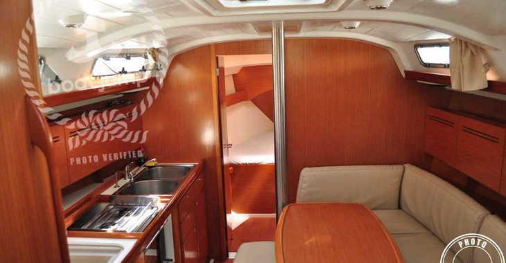 Rent a sailboat Cyclades 39 in Muelle de la lonja, Palma de mallorca