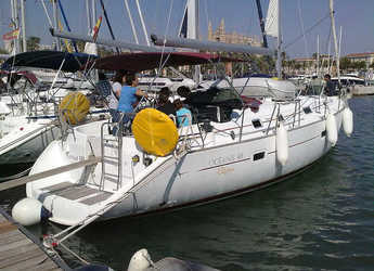 Rent a sailboat in Muelle de la lonja - Oceanis 411-4