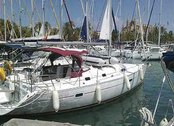 Rent a sailboat in Muelle de la lonja - Oceanis 361