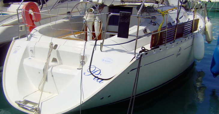 Rent a sailboat in Trogir (ACI marina) - Dufour 36 Classic