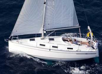 Rent a sailboat in Trogir (ACI marina) - Bavaria Cruiser 32
