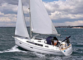 Rent a sailboat in Marina Sukosan (D-Marin Dalmacija) - BAVARIA C 37 BT