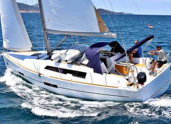 Rent a sailboat in Marina Sukosan (D-Marin Dalmacija) - DUFOUR 382 BT