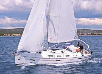 Rent a sailboat in Marina Sukosan (D-Marin Dalmacija) - BAVARIA C 40 BT