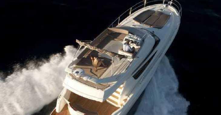 Rent a motorboat in Split (ACI Marina) - Jeanneau Prestige 440