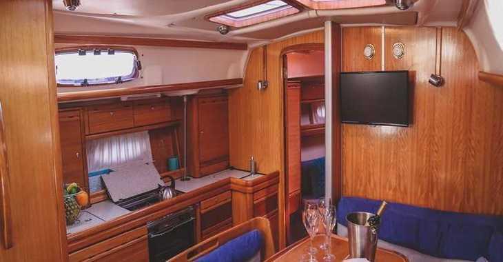 Rent a sailboat in Split (ACI Marina) - Bavaria 39 Cruiser